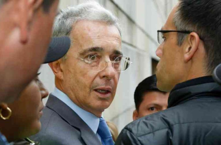 Definitivo: Álvaro Uribe no podrá seguir como senador