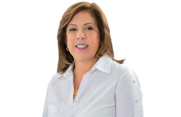 Gobernadora del Valle del Cauca tiene cáncer