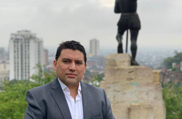 Escándalo | Hijo de Roy Barreras habría cambiado uso de suelo para favorecer constructora en Cali