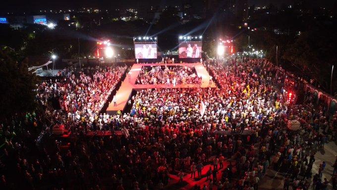 Gustavo Petro logra convocar a gran multitud en Barranquilla